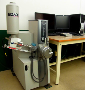 走査型電子顕微鏡(sem)